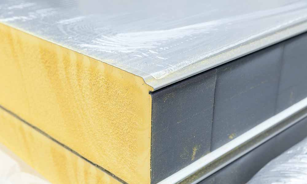 Polyurethane foam or Phenolic foam external wall insulation